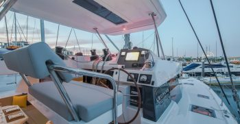 Boat Classified Services Leopard 50 Leopard 50 Interior-9839